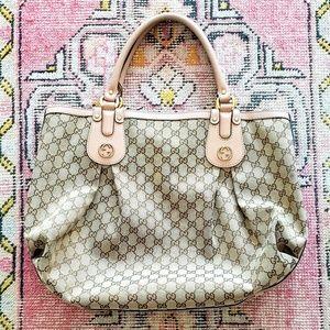 GUCCI Monogrammed Tote Bag